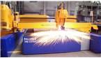 Plazmové rezanie s rezacím strojom MG:::Rezanie kontúr pomocou plazmového rotátora R5 na plazmovom rezačke MG vo firme ŽOS Zvolen a.s..
